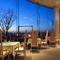 大きな窓から景色を一望、四季のイタリアンに舌鼓