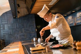 お客さまの好みに応じた肉質・味付け、焼き加減で料理を提供