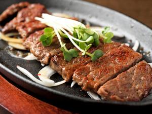 贅沢なメニュー『牛肉ステーキ』