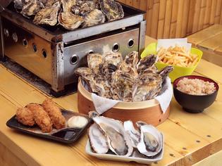 新鮮な生牡蠣を贅沢に食べられる『フィーバーセット』