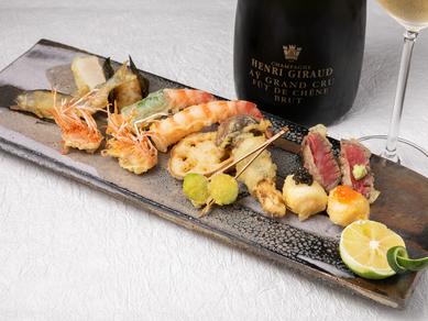 旬の味覚と地元食材で織りなす、おまかせコースの『天ぷら』 ※一例です