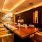 優美な空間と贅沢な食材を使った料理でゲストをもてなす