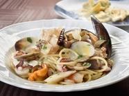 創業以来続く、本場イタリアの味『きのこと魚介のスパゲッティ』