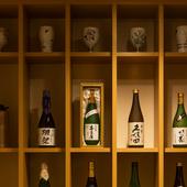 季節の食材の会席料理とともに、旨い銘酒をゆっくり味わう