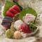 地物の季節の魚介、旨い野菜や肉など、国産の上質な食材にしぼる