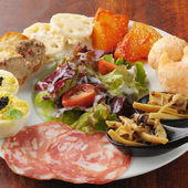 カジュアルなイタリア×フレンチカフェの様なレストラン