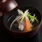 旬の食材を濃厚な旨みとコクの一番出汁で味わう『煮物椀』