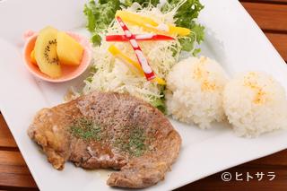 Hawaiian style café LAHAINA(ラハイナ)の料理・店内の画像1