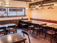 厳選された食材とお酒を愉しめる大人の空間