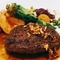 スペイン産イベリコ豚とたっぷり野菜のステーキDONジンジャーソース温玉添え