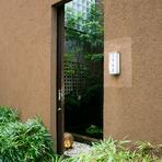 和の情緒が感じられる扉の先には、極上の癒し空間