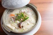 もっちり食感で人気の『白子と豆腐の煮込み』