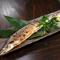 旬の魚料理も自慢。お造りや焼き物などで季節の味覚をどうぞ『さんまの塩焼き』