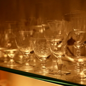極上のお酒を愉しむのにふさわしい華麗なクリスタルグラス