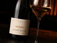 世界中の愛好家が探し求める銘酒『シャンパーニュ ジャック・セロス イニシャル』
