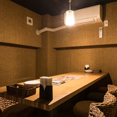 店内2階には、隠れ家的な個室も完備
