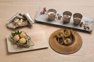 挨拶代わりとして供される、4~5皿からなる『プロローグ』