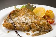 3種の香草とチーズが香る『ドイツ風カツレツ ブランド豚のシュニッツェル』
