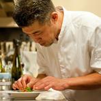食事を通してお客様に自然と笑顔になってもらえる様に、料理・サービス共に心がけております。