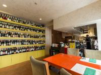 300種のワインが、一堂にお出迎え致します