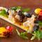 旬の野菜をふんだんに使い、季節感あふれる華やかな一皿へ