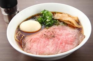 スープやチャーシューなど、一杯の中に神戸牛をふんだんに使用した『代官山ラーメン』