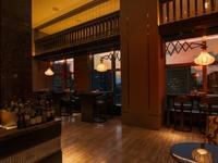 フェレーロが表現するタパススタイルの料理を楽しめる空間