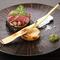 上質な赤身肉のおいしさを堪能できる『漢方牛ビステッカ』