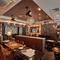 イタリアンに欠かせないワインは、スタッフ全員で厳選