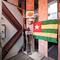 隠れ家的なトーゴ料理レストラン。一歩入れば、まるでアフリカ
