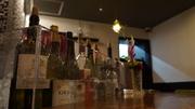 単なる飲み放題ではなく、お酒のわかる大人に、ゆったりと空間と共にお楽しみ頂きたい飲み放題です。 90分制で、その日のワイン、日本酒、ウィスキーをお楽しみ頂けます。