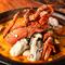 1度で2度おいしい、季節限定メニュー『牡蠣入 魚介たっぷりブイヤベース鍋』パスタ付<2人前より>
