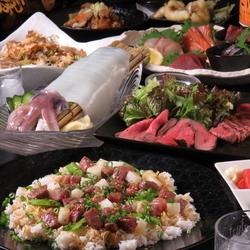 期間限定コースとなります!3時間飲み放題付き!!大人気選べるメイン、お肉,海鮮など豪華全10品!