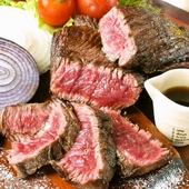 料理に使用する「たまご」や「肉」などの食材は、料理長自ら厳選