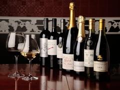 種類豊富なワインが、パーティーを素敵に演出