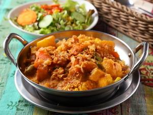 インドの混ぜご飯のカリー『ビリアニ』