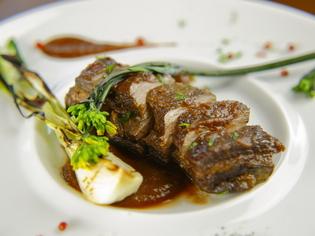 低カロリーが魅力の猪肉を堪能『天草猪バラ肉の赤ワイン煮』