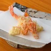 海老に始まり海老に終わる、不動の人気を誇る『マキ海老の天ぷら』