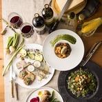 シェフがお届けする季節限定コースは前菜からドルチェまで全11品を楽しめる女性には嬉しいお得なプラン!