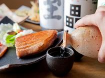 日本酒や焼酎など、お酒の種類も豊富。お料理との相性抜群