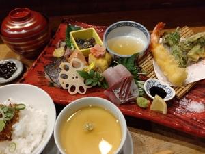 【Lunch】roji 名物 京都丹後産の天然魚お造り膳(※焼魚付、写真はイメージです)
