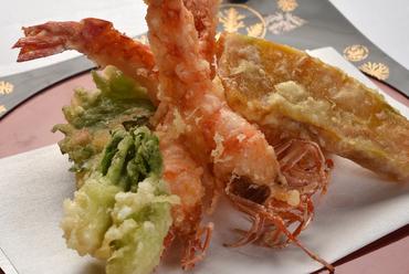 素材そのもののおいしさを堪能できる『天ぷら』
