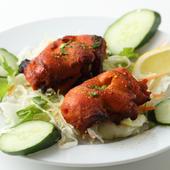 本場、インドの味を楽しめる『チキンティッカ 2ピース』