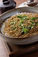 自家製ちりめんと魚沼産のお米を使った『ちりめん土鍋ごはん』