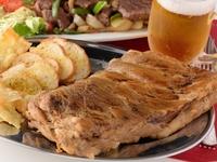 パーティーに最適! 各種お酒や、お酒に合うブラジル料理が多数
