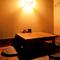 二階奥にある個室席で、テーブルを囲んで過ごす時間