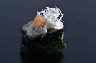【冬】この時期最高に美味しくなる、サロマ湖の牡蠣(かき)