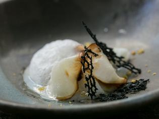 現代なりの足し算の料理『スルメイカのベニエ アイオリソース』