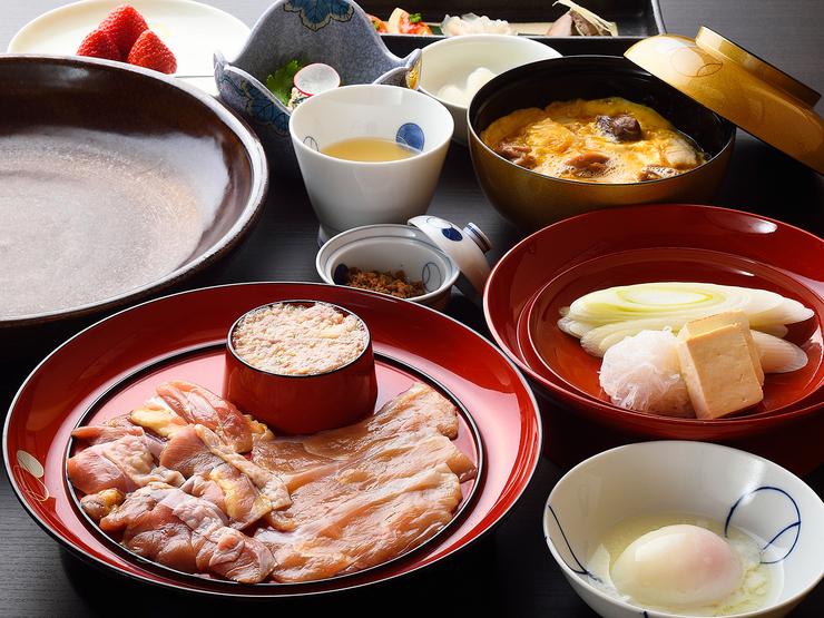 軍鶏のすき焼き「上級芳町コース」