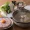 ポン酢を使わず、塩味のスープで最後までいただく『鶏の水炊き』